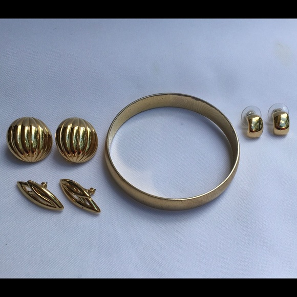 Vintage Monet Textured Gold Bangle and Earrings